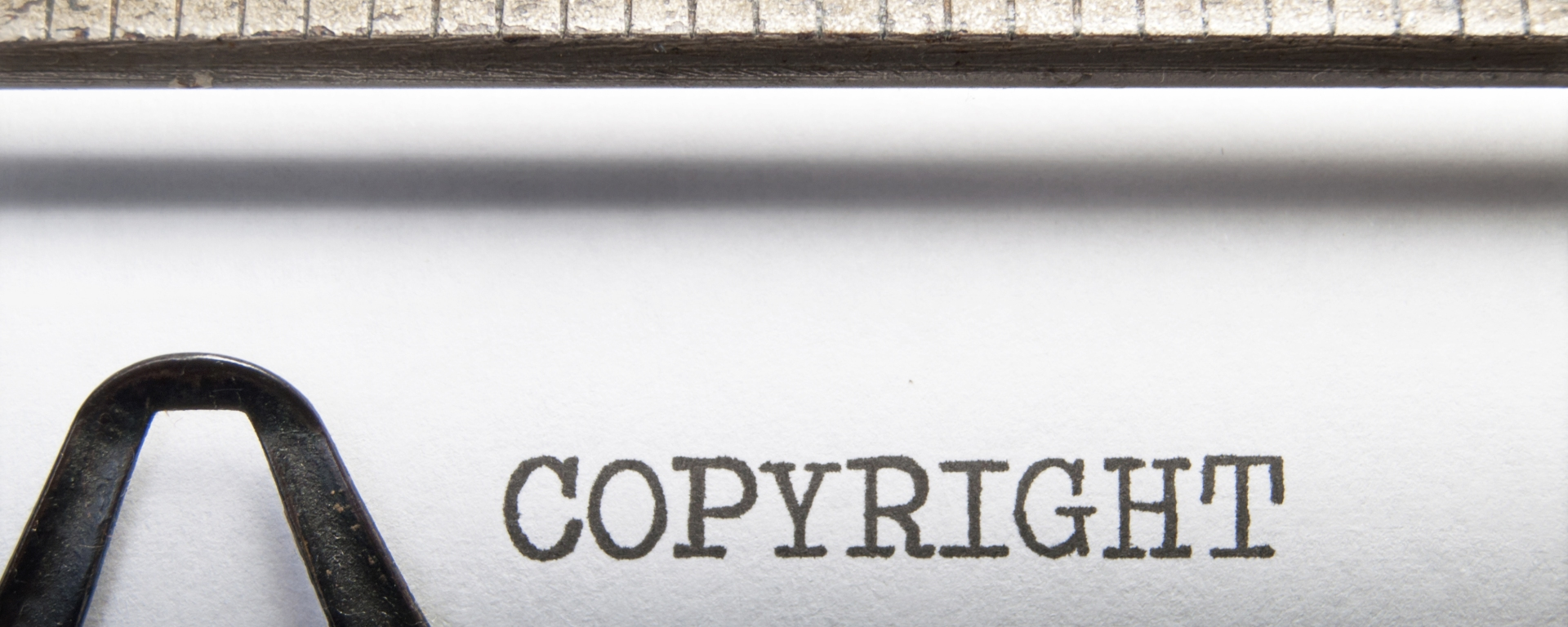 Copyright getypt op oude typmachine